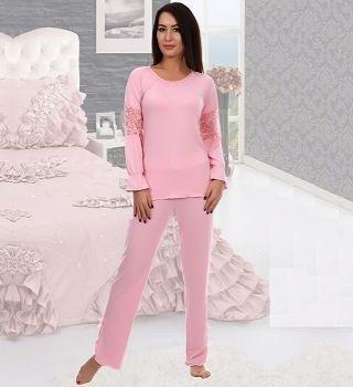 Красивая розовая пижама