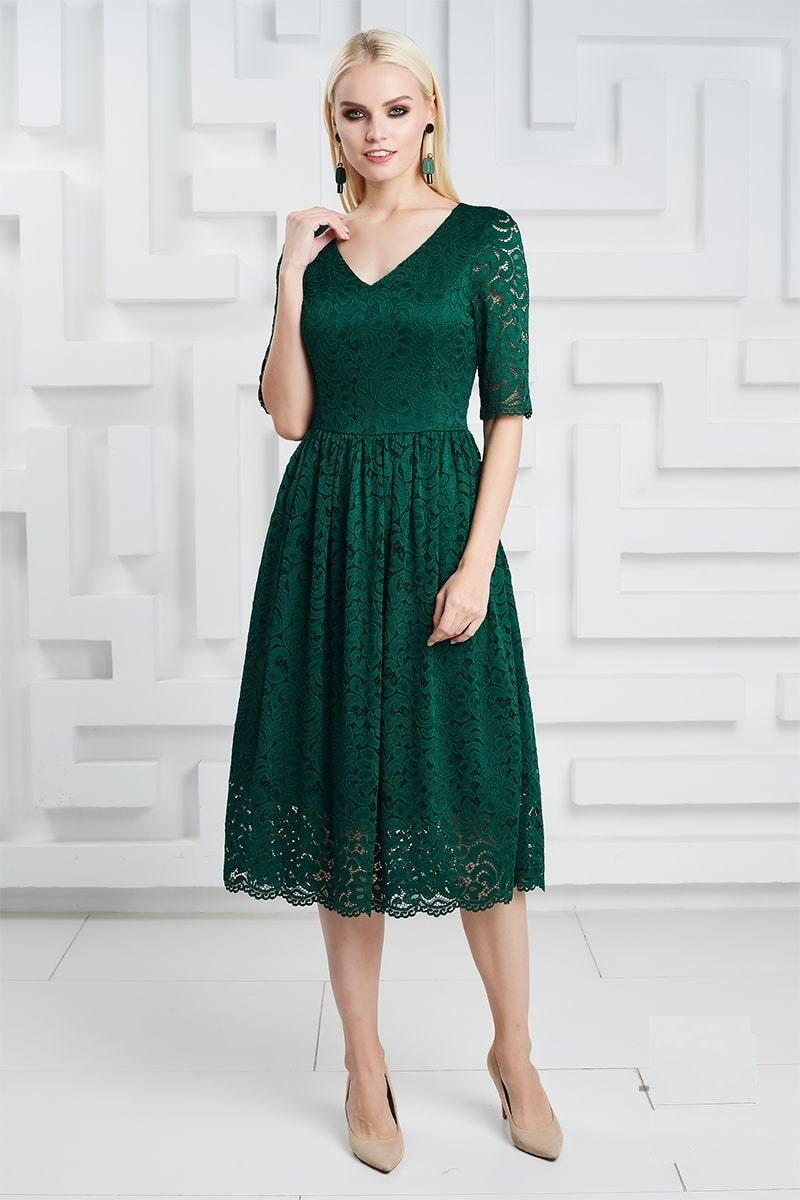 зеленое гипюровое платье