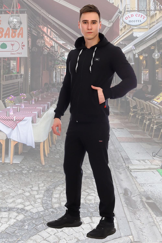 Костюм спортивный черного цвета