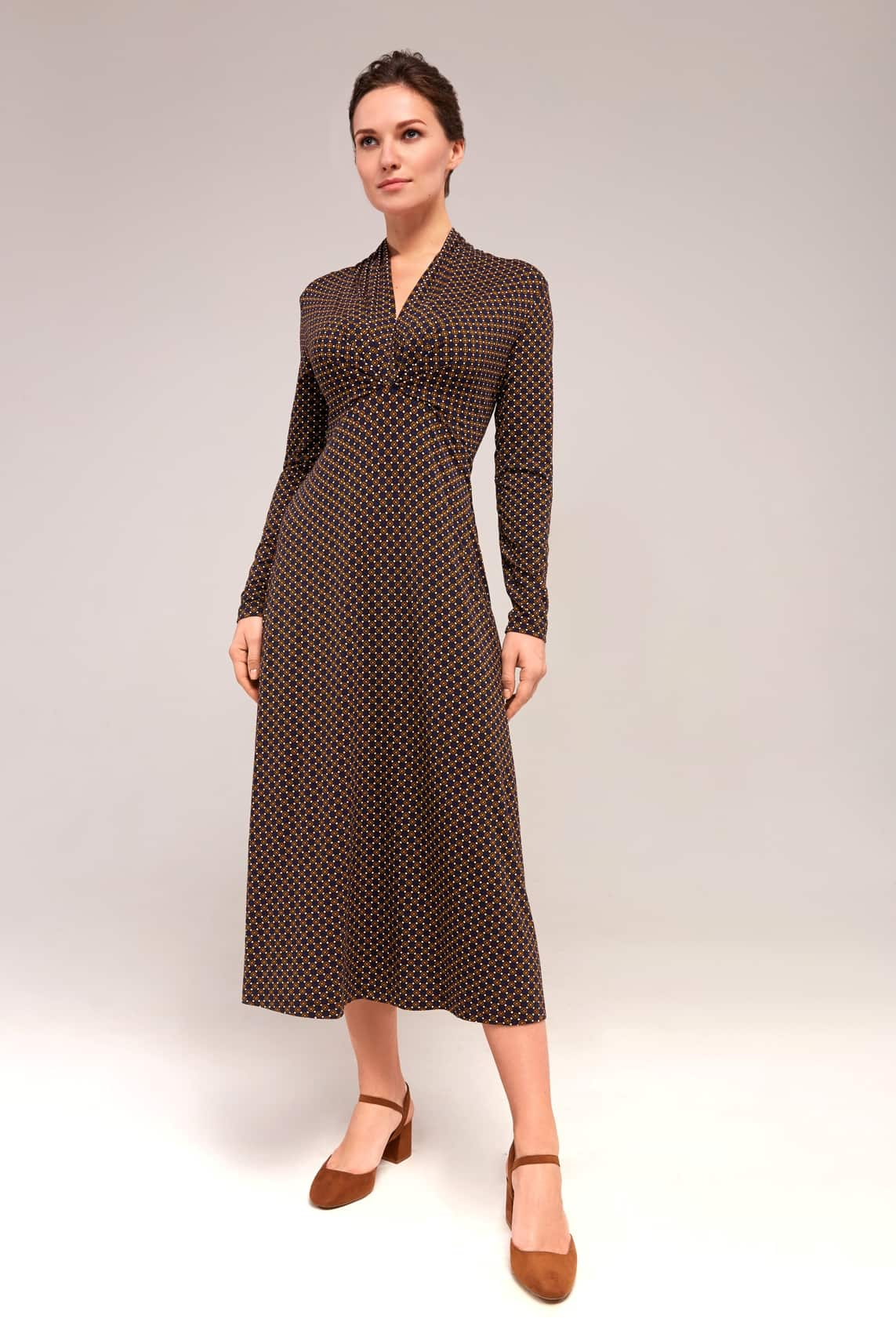 Трикотажное платье с длинным рукавом TopDesign B 7 128