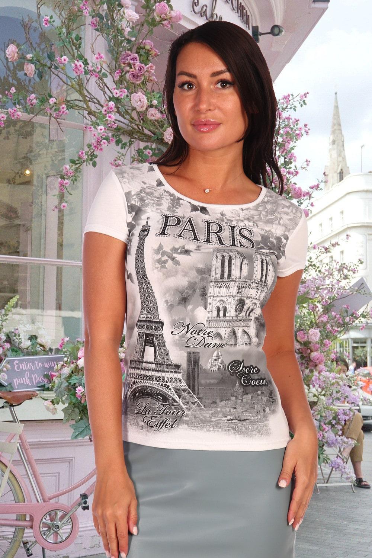 Модная белая футболка для девушки