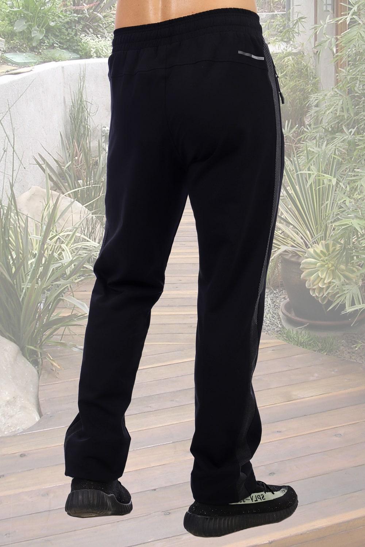 Черные прямые брюки с лампасами