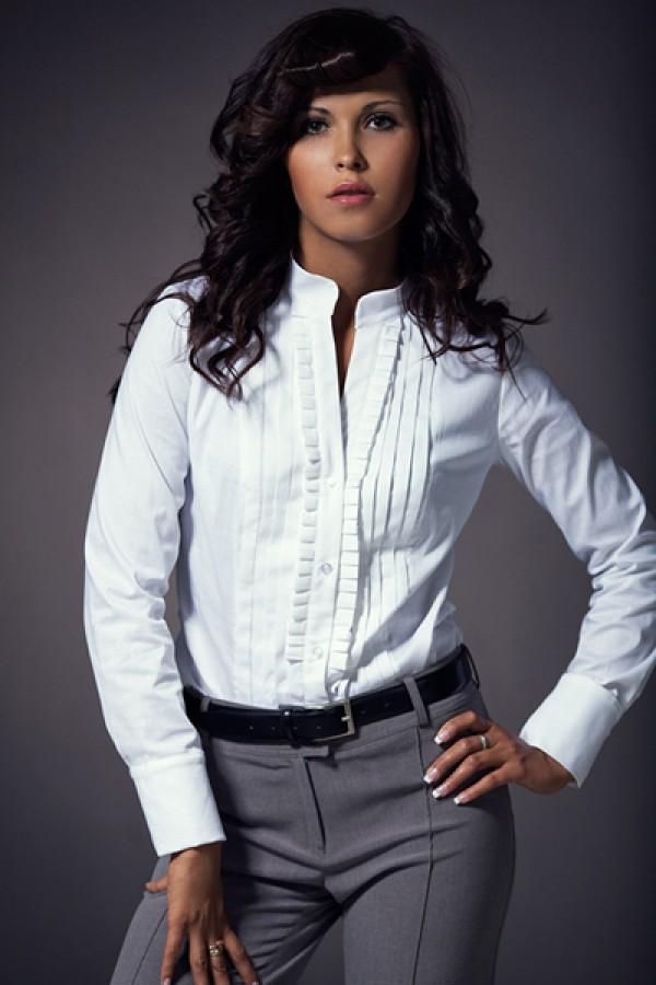 Элегантная блуза с рюшами Nife К11