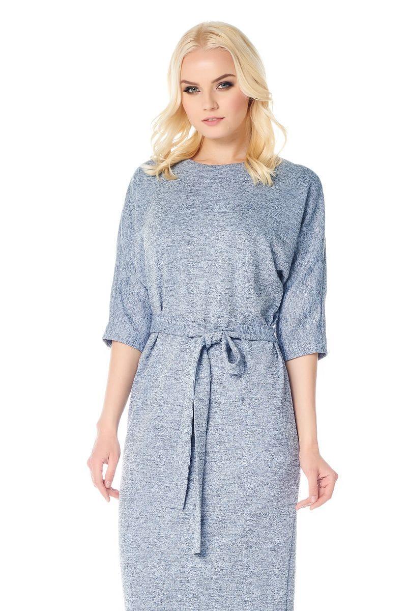 голубое модное платье