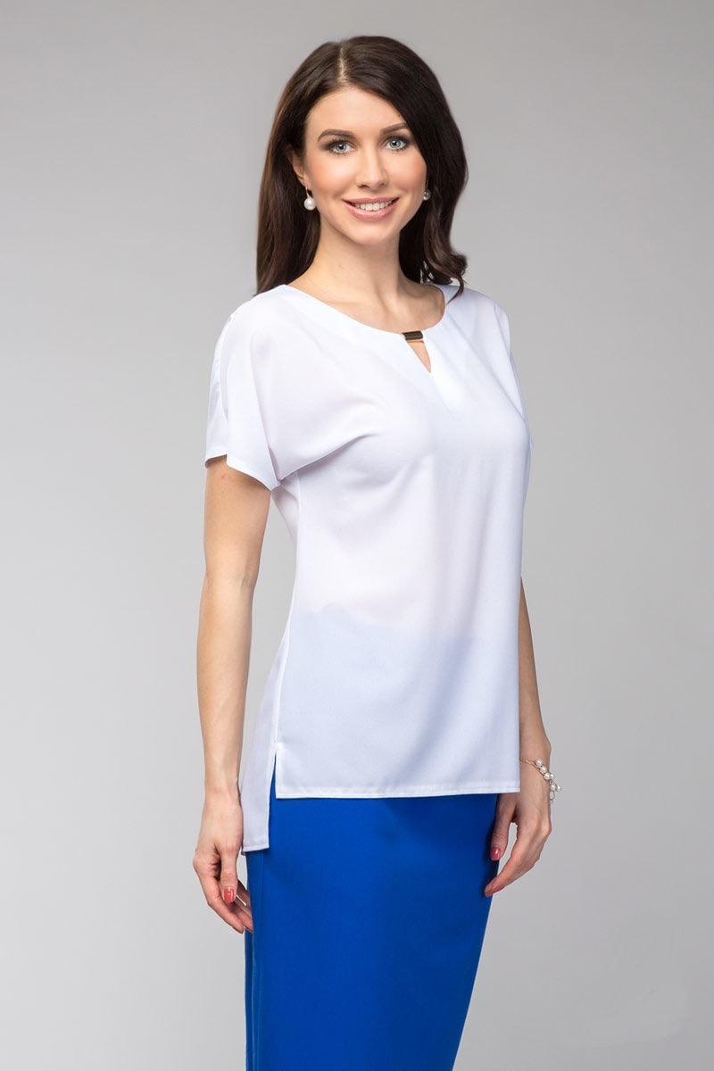 Белая блузка с коротким рукавом LalaStyle 1068-76