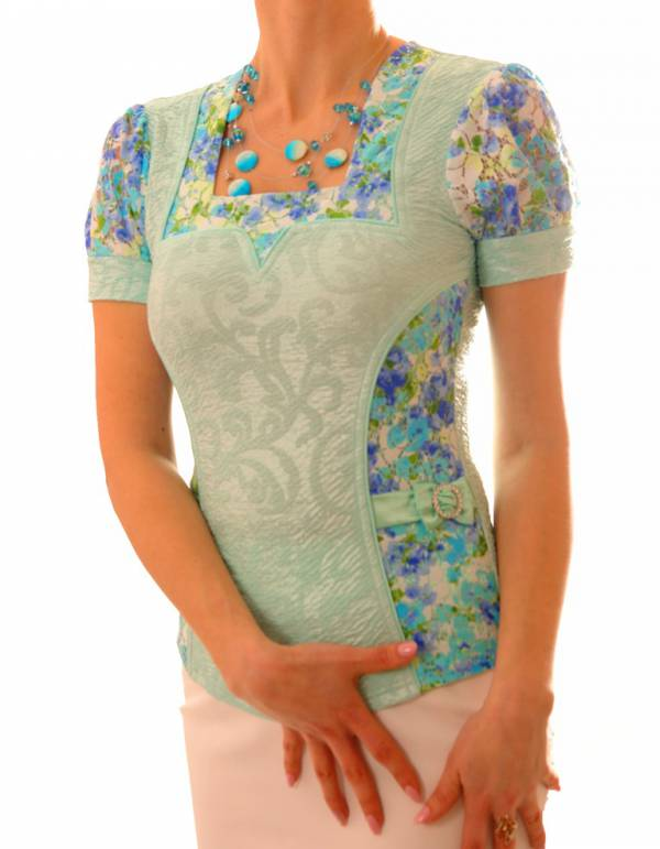 Элегантная блузка с цветочным принтом The Distinctive 143