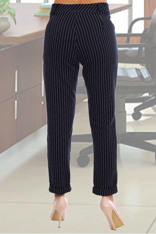 Черные женские брюки в полоску