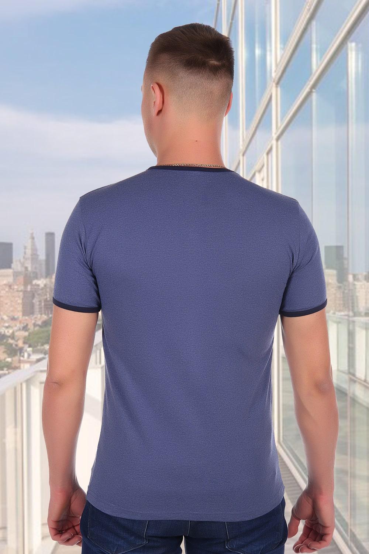 Синяя футболка без рисунков