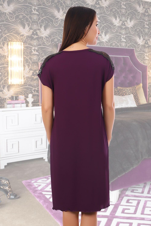 Фиолетовая сорочка с кружевом и золотой нитью