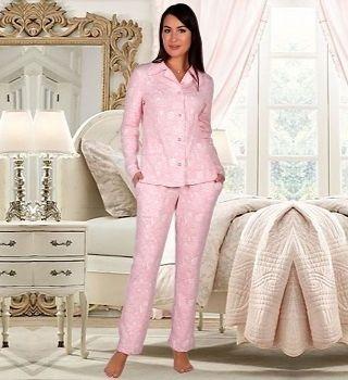 Розовая пижама с английским воротником