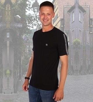 Черная футболка с карманом Berchelli