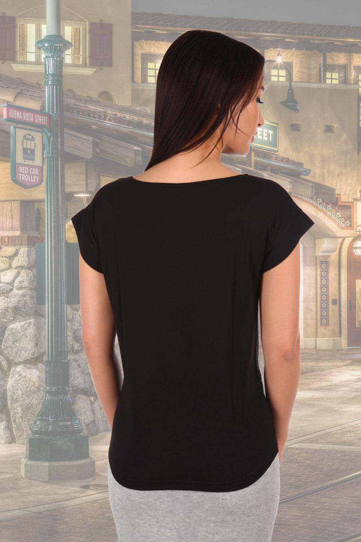 Черная футболка со спущенным плечом
