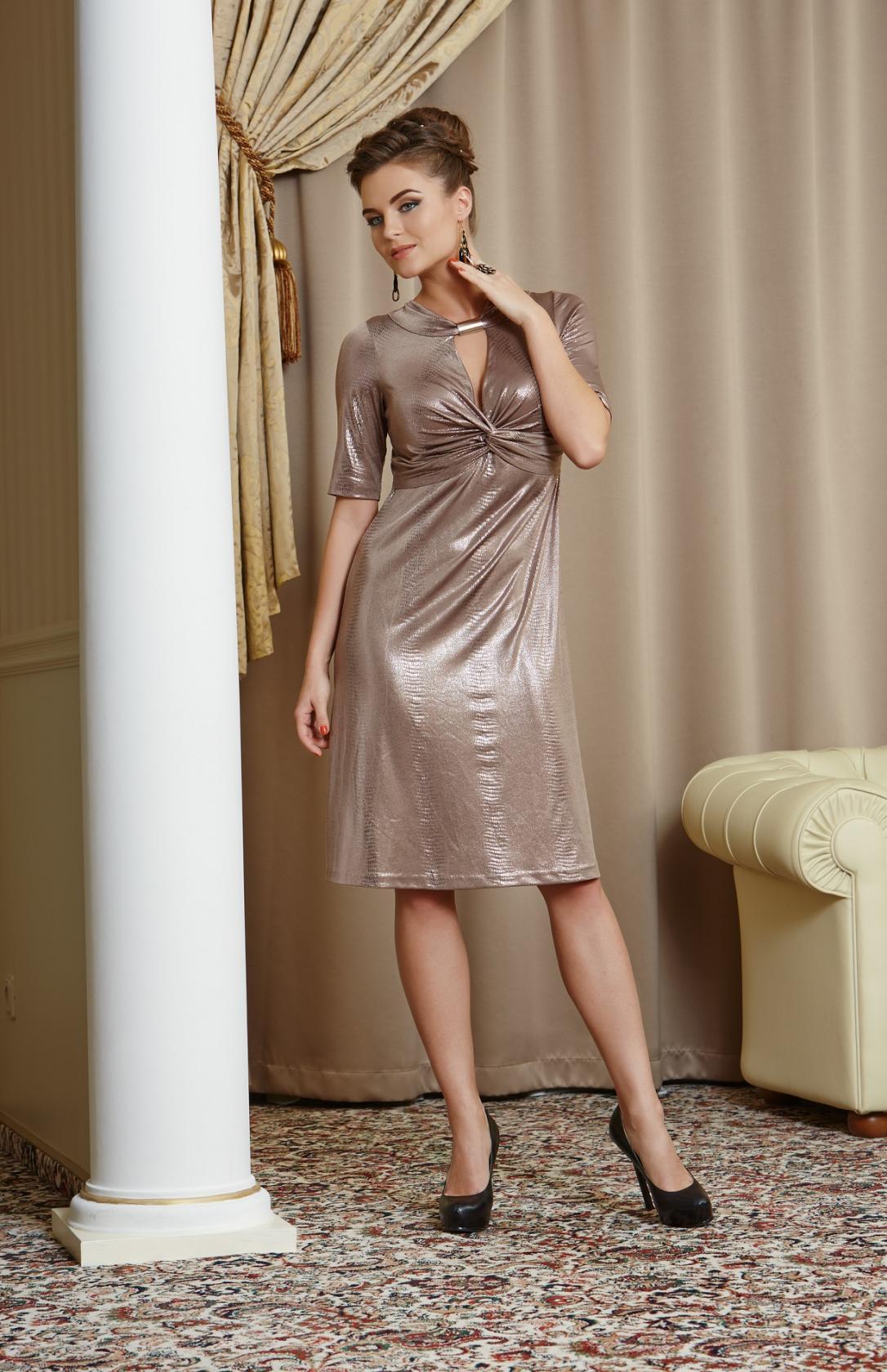 нарядное платье с коротким рукавом