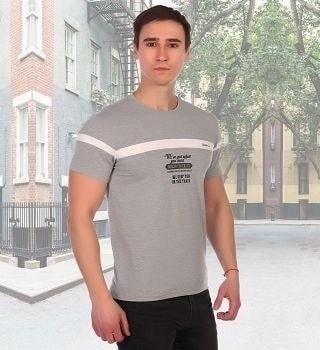 Серая футболка с белой полосой