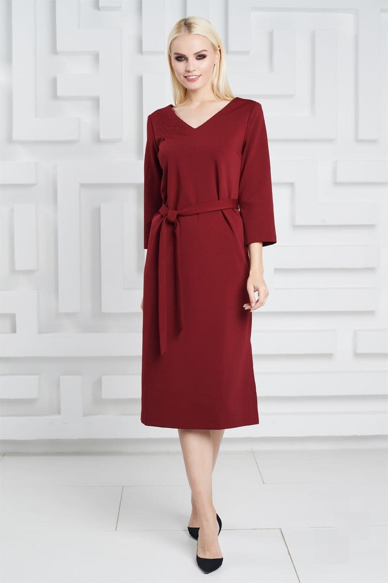 Бордовое платье с поясом LalaStyle 1324