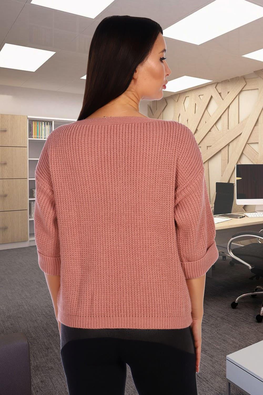 Стильный свитер свободного силуэта