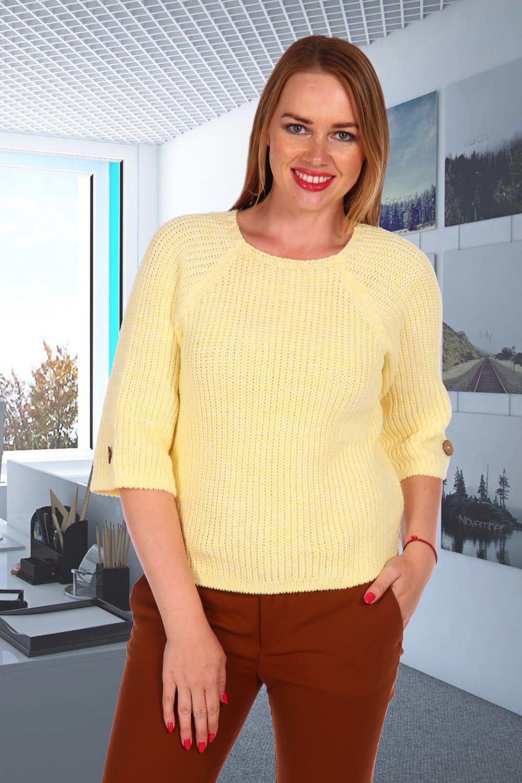 Желтый вязанный свитер дамский