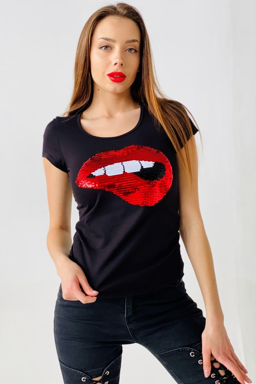 футболка с губами