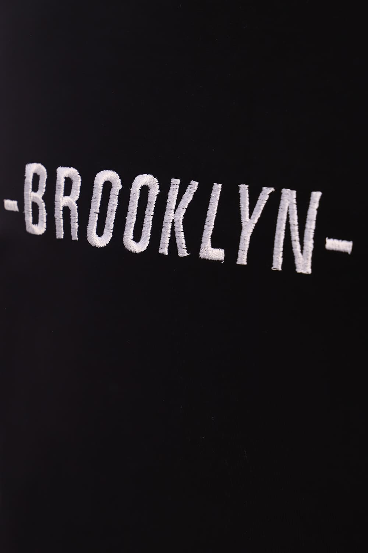 Черная футболка с вышивкой Brooklyn
