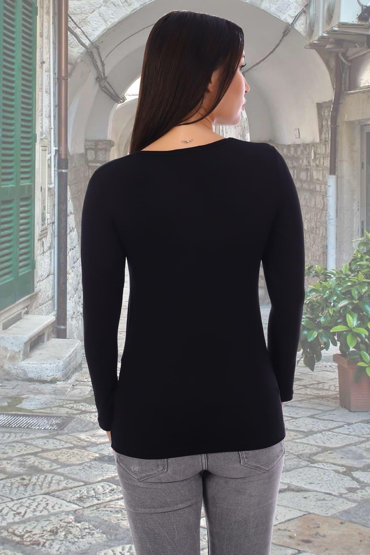 Черная футболка с долгим  рукавом