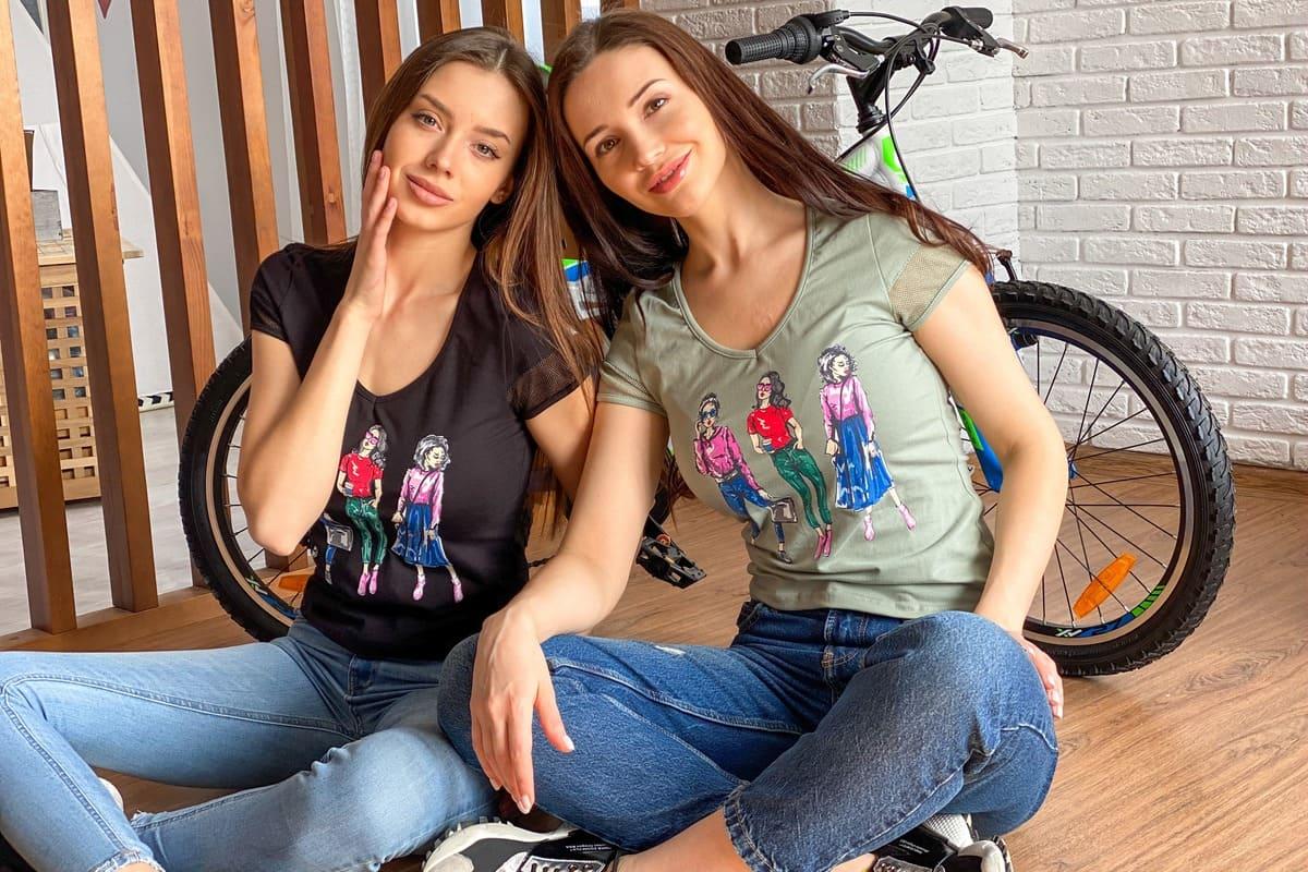 женская футболка с коротким рукавом