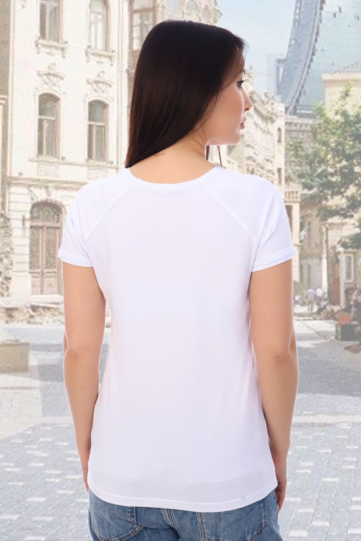 Белая футболка с вышивкой Dream