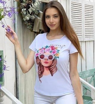 футболка с вырезом сзади