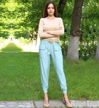 Льняные брюки ментолового цвета