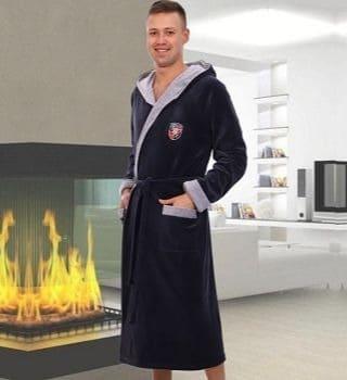 Велюровый мужской халат с капюшоном Berchelli