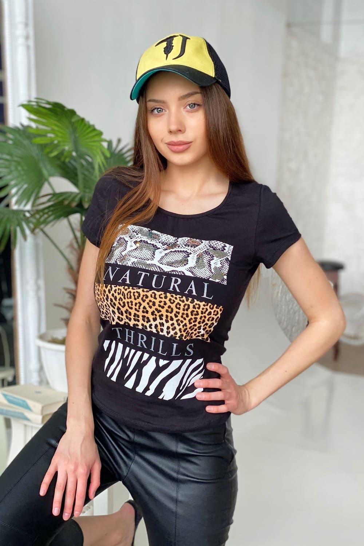 модная женская футболка