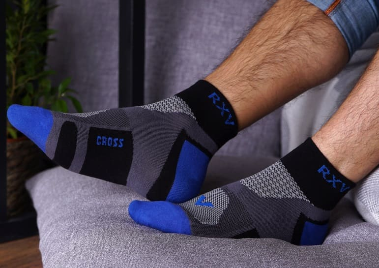 спортивные универсальные носки