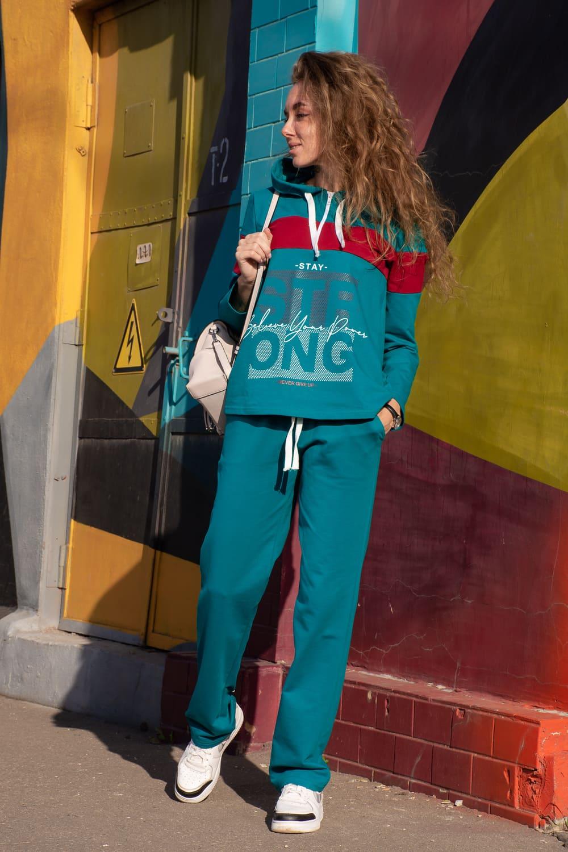 стильный спортивный костюм дамский