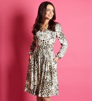 Осеннее платье с принтом Top Deign B5 007