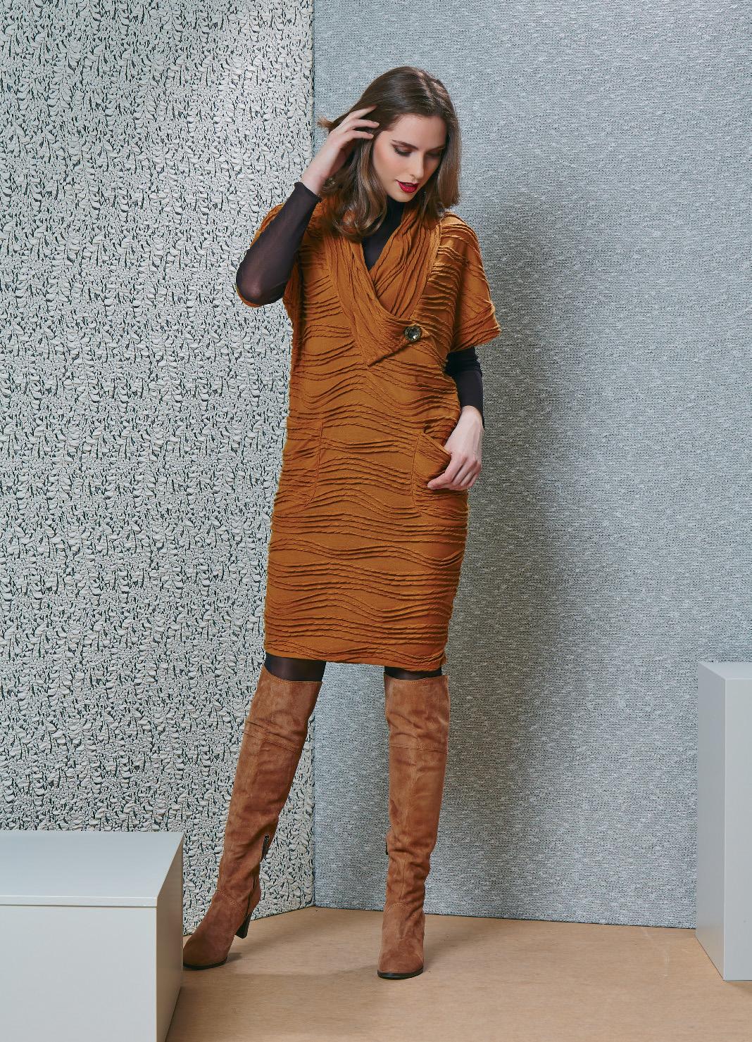 Платье с накладными карманами TopDesign B4 117
