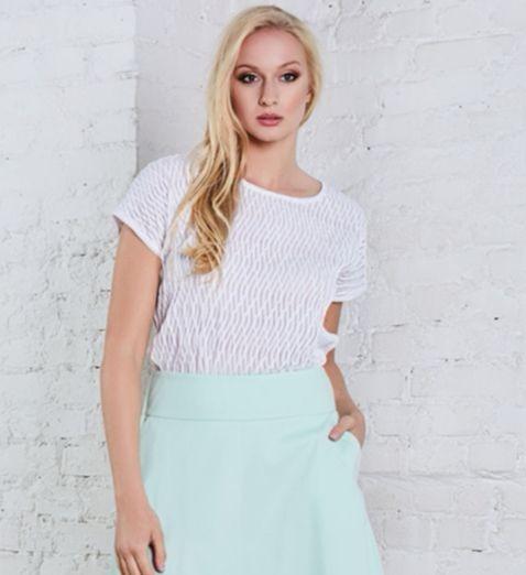 Очаровательная летняя блузка белого цвета TopDesign А8 102